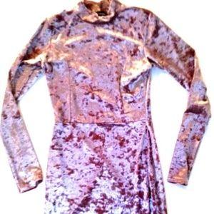 PrettyLittleThing Dresses - PrettyLIttleThing NWT Pink Pretty Velvet Dress  6